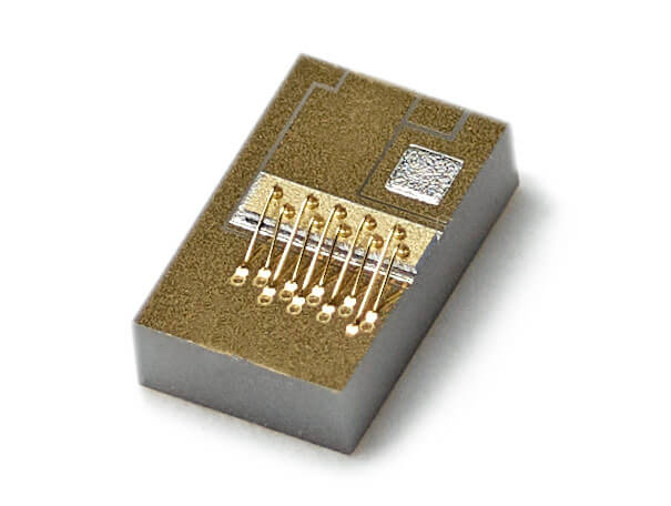 QA Laser chip on submount